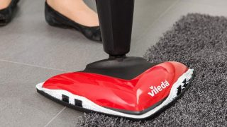 How to Use a Vileda Steam Mop (in 15 Steps)